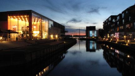Udendørs biograf ved Scala i Nykøbing Falster, afvikling af Mamma Mia på 35 mm. Foto: Casper Simmelsgaard