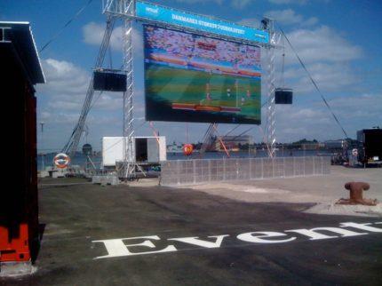 VM i fodbold, storskærm på Kvæsthusbroen, lyd, rig, og afvikling